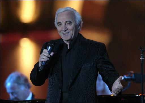 http://www.oniros.fr/Charles-Aznavour-en-concert-le-30-septembre-2006.jpg